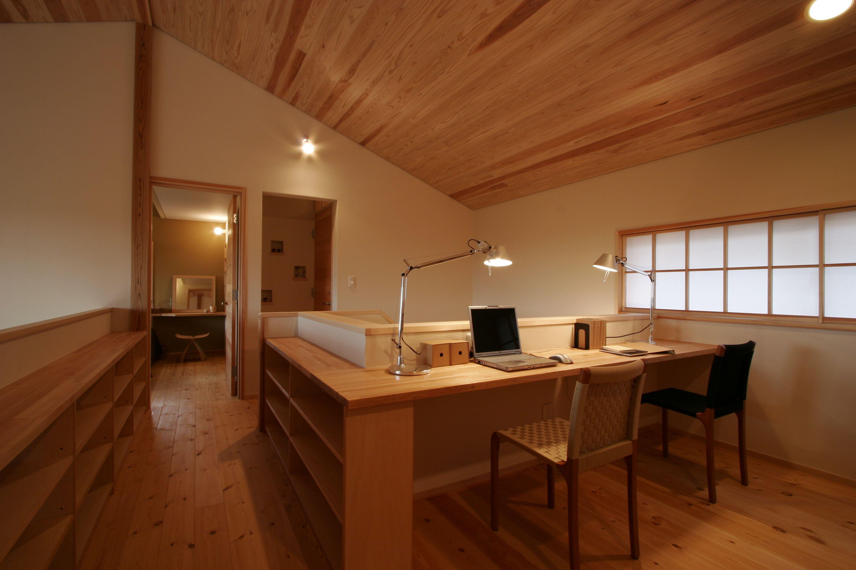 二階共有スペースは家族のファミリースペースでもあり高断熱 高気密