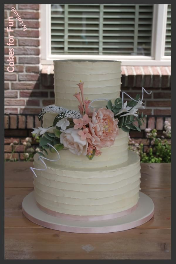 Wedding Cake Rustic Lined Swiss Meringue Ercream By Laluub Http Cakesdecor