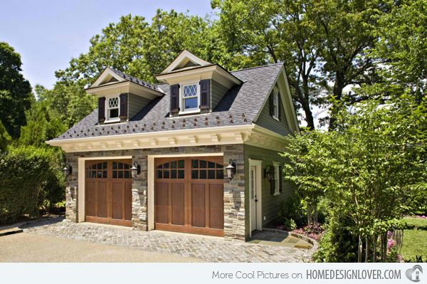 20 Traditional Architecture Inspired Detached Garages Home Design Lover Carriage House Plans Detached Garage Designs Carriage House Garage
