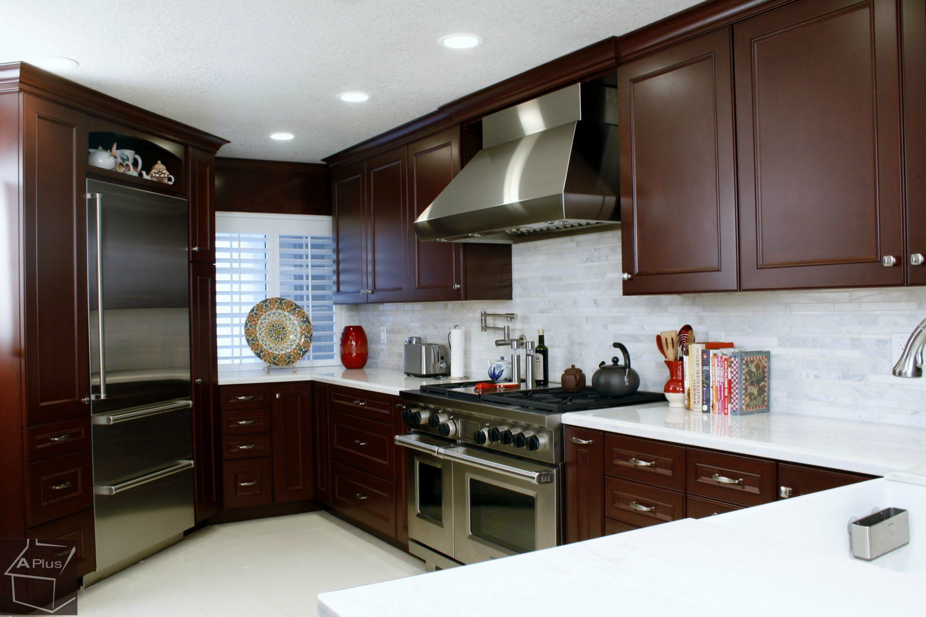 Kitchen Remodeling with Custom Cabinets