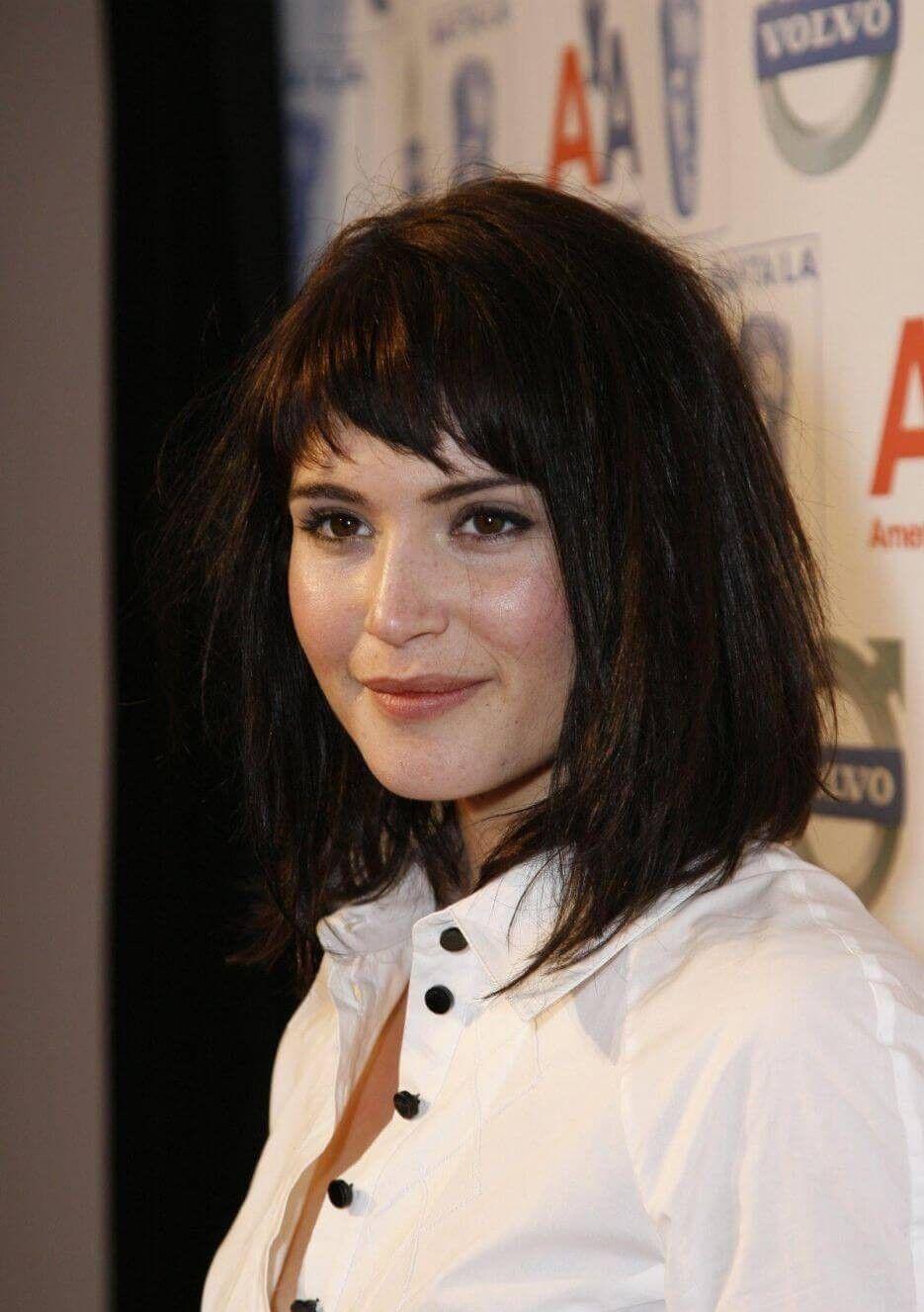10 Gemma Arterton Hairstyles You Can Copy Fashionterest In 2020 Hair Styles Short Hair Styles Hair Beauty