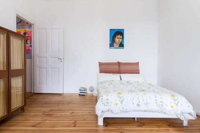 Newly Renovated Beautiful And Fully Equipped Studio In A Quiet Street Wohnung In Berlin Mitte Mit Bildern Wohnung Ideen Fur Wg Zimmer Wg Zimmer