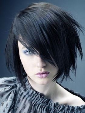 Add Texture And Choppy Layers To Create An Edgy Look Nails Hair