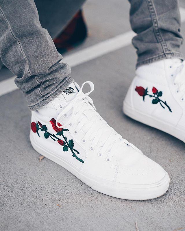 Trendy Sneakers 2017/ 2018 : @chvsewarner killed these customs.... -  FashioViral.net - Leading Lifesyle & Fashion Magazine