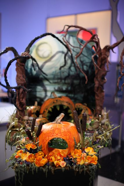 Halloween Wars: Swamp Cake | Cake, Pastry art and Recipes
