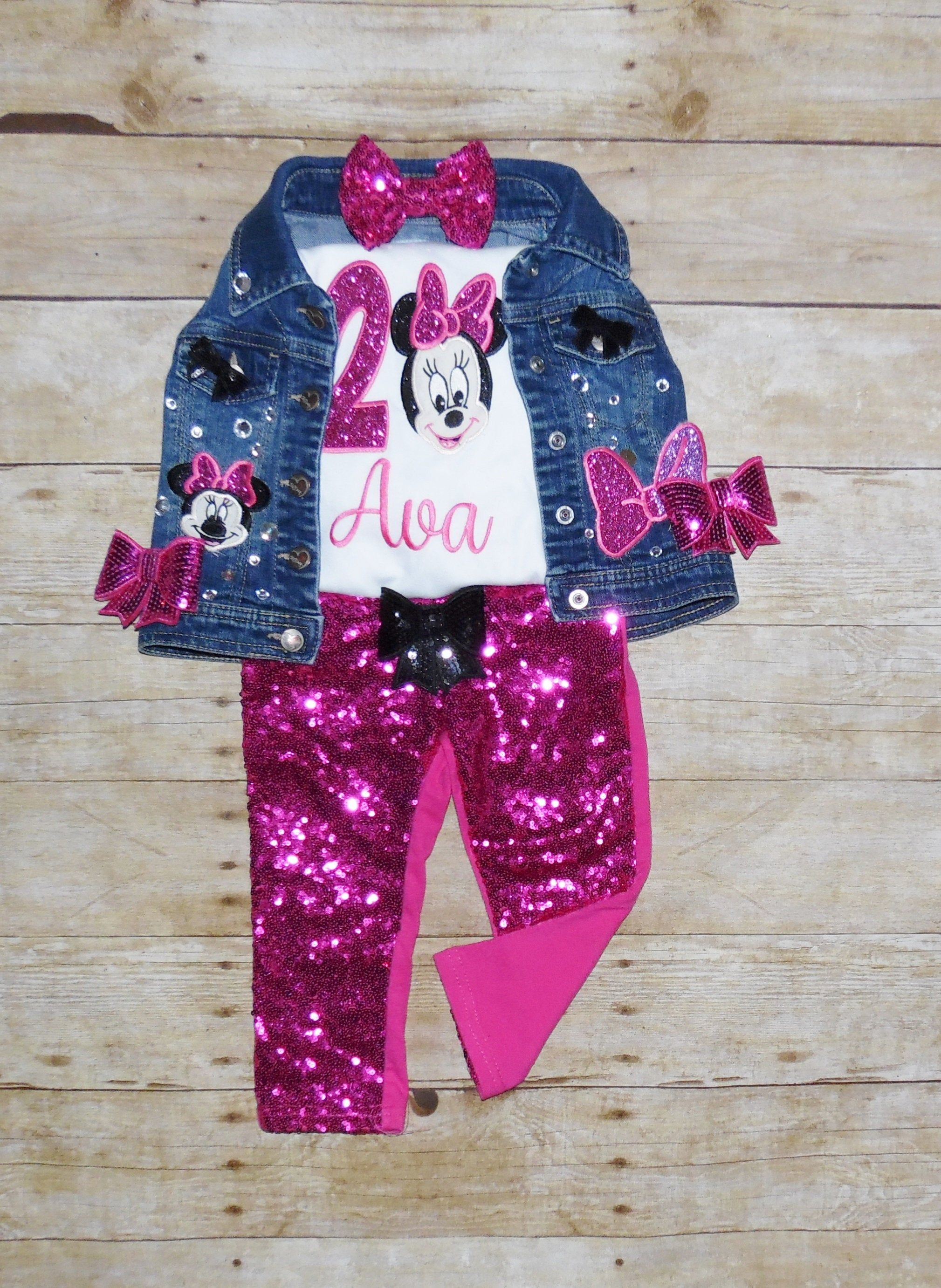 Minnie Mouse Birthday Outfitminnie Mouse 1st Birthday Etsy In 2020 Minnie Mouse Outfits Minnie Mouse Dress Minnie Outfit