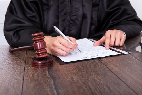 Here we have discussed the benefits of personal injury and
