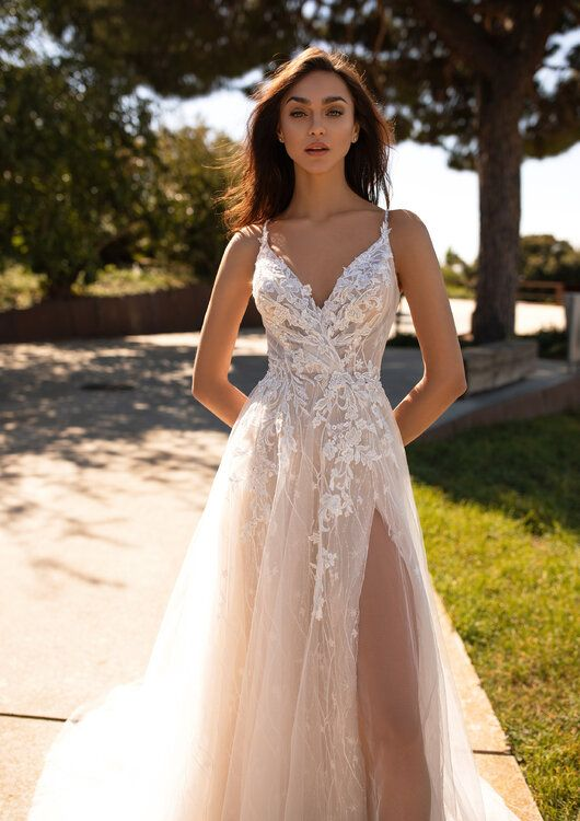 Vestidos de novia Pronovias 2020: ¡diseños para soñar en grande!