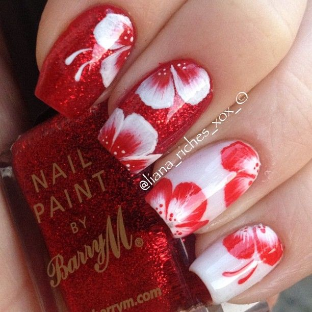 32 Gorgeous Nail Art Images Inspired By Summer Motifs: Instagram Photo By @liana_riches Via Ink361.com
