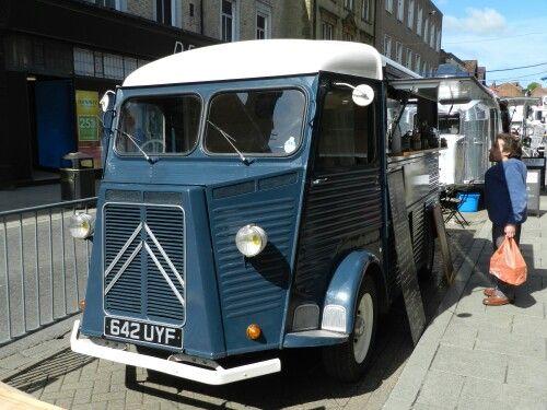 Citroën HY food truck.