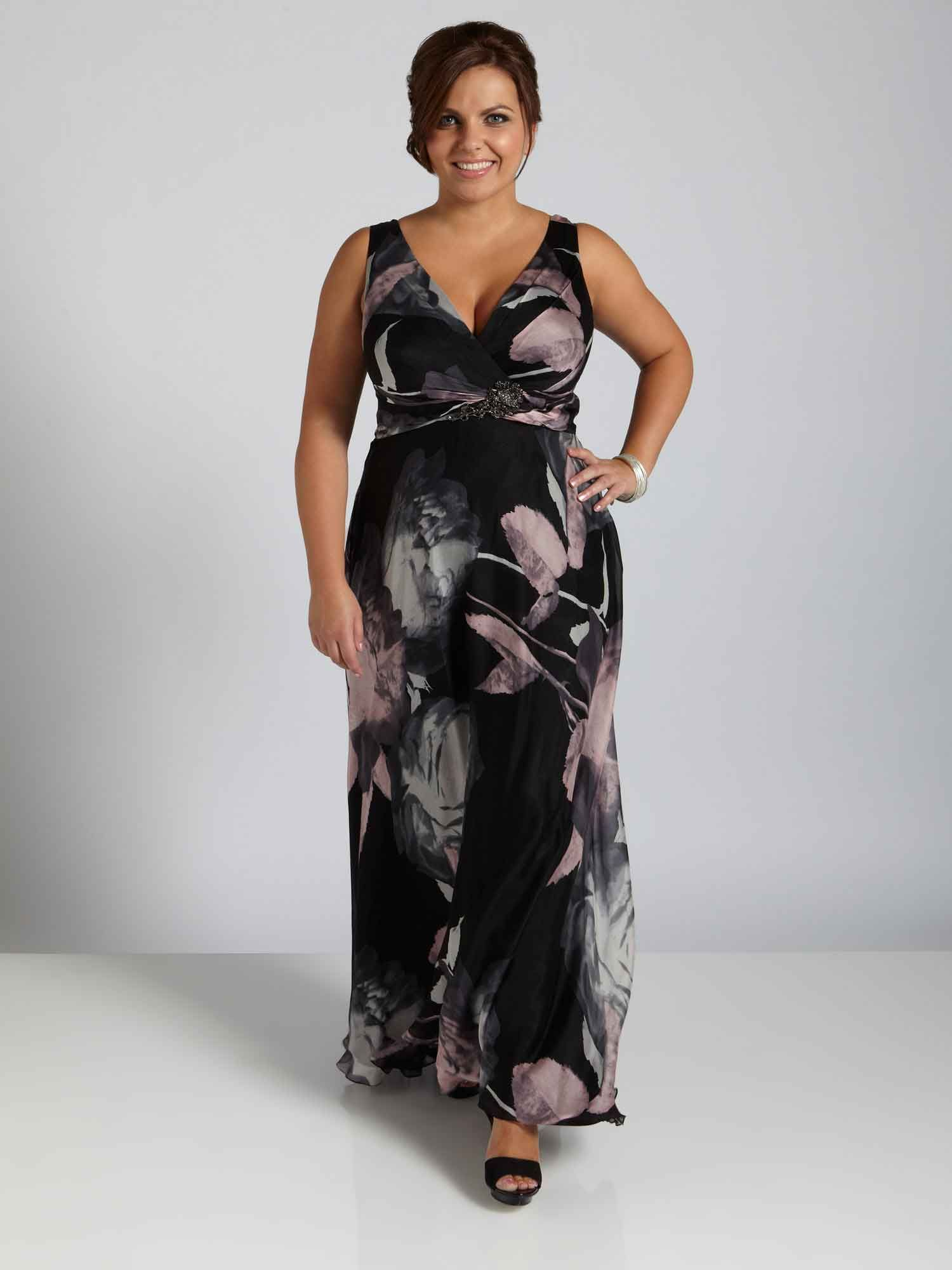 Pin By Rieksie B On Beautiful Plus Size Fashion Evening Dresses Plus Size Plus Size Fashionista Plus Size Fashion [ 2000 x 1500 Pixel ]