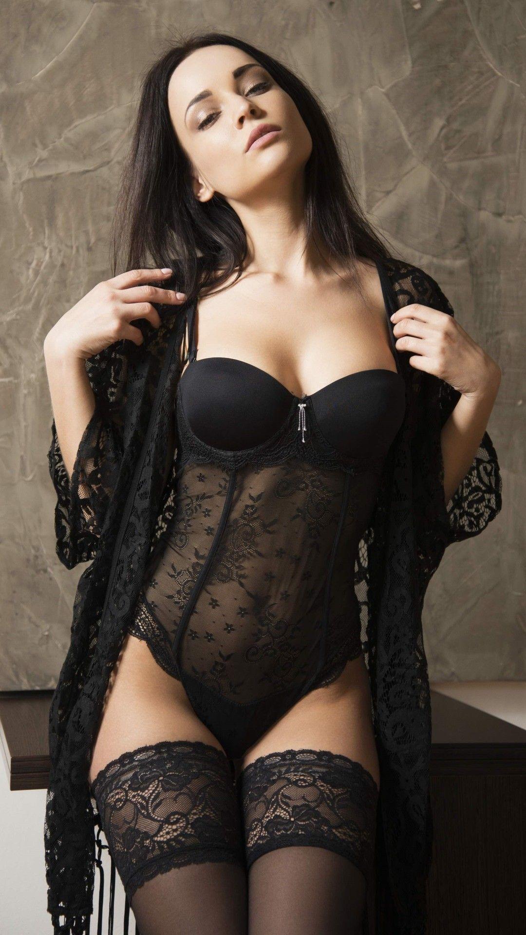 9b8def56f The Erotic Exhibition Hot Brunette
