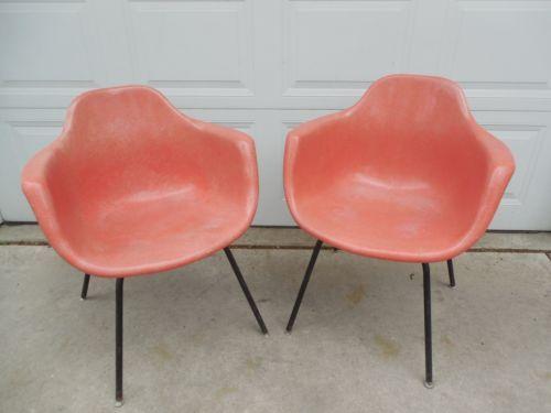 2 Vintage Mid Century Modern Krueger Fiberglass Shell Arm Chair Coral Pink