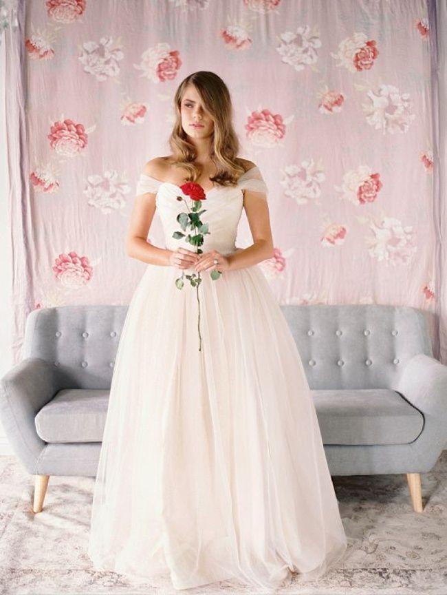 Romantic Wedding Gowns ✈ Jennifer Gifford   Romantic weddings ...