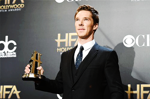 HOLLYWOOD FILM AWARDS (November 14, 2014) ~ Benedict Cumberbatch poses for photos in the press room after winning the Actor award for playing Alan Turing in THE IMITATION GAME.