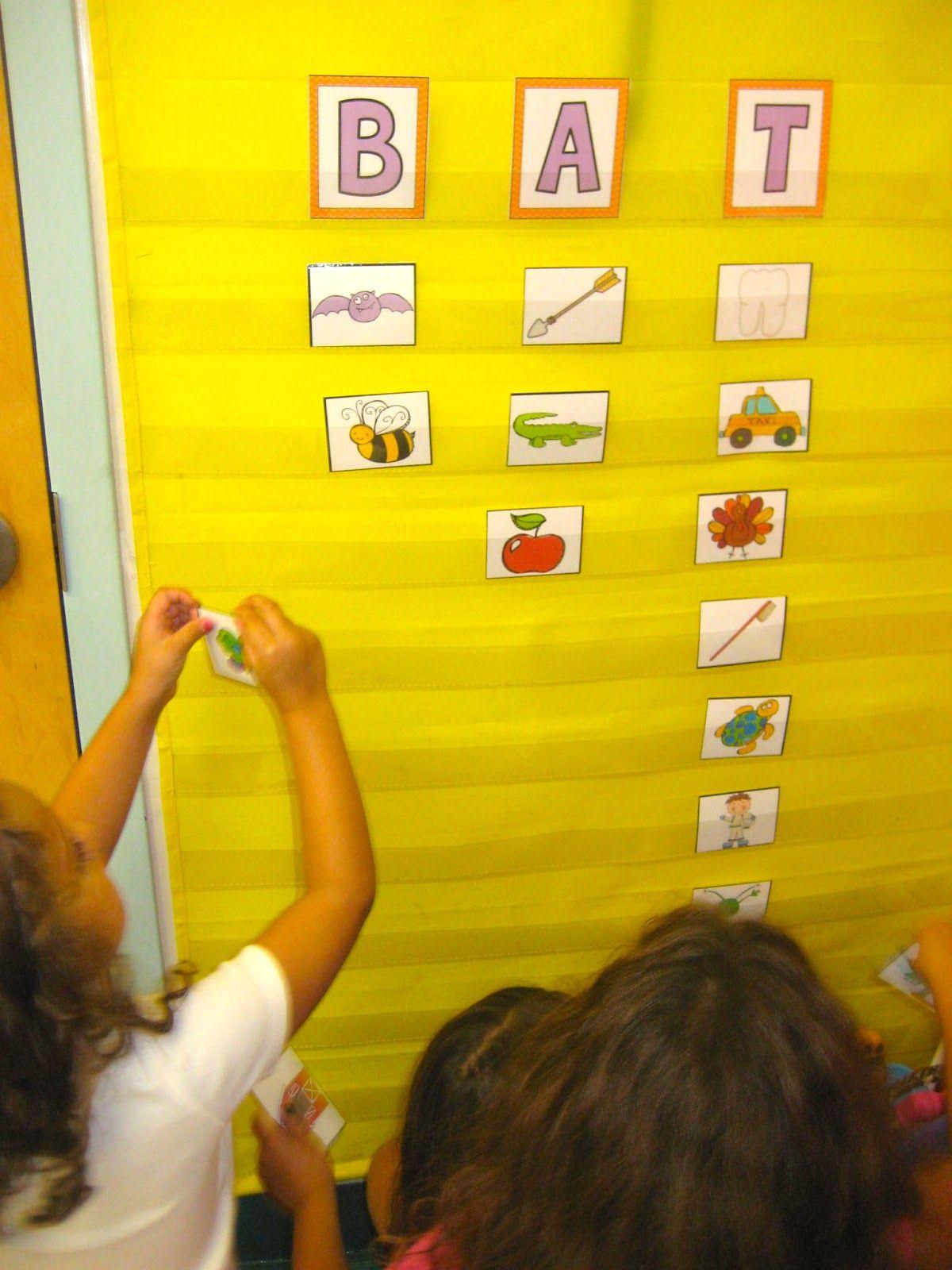 Bats Kindergarten Language Arts Kindergarten Literacy Sorting