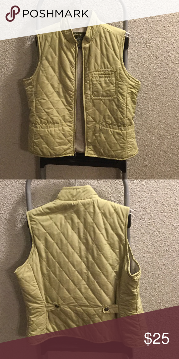 Eddie Bauer puffer vest Light green puffer vest. Fleece lined on inside Eddie Bauer Jackets & Coats Puffers