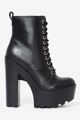 Steve Madden Globaal Leather Boot | Shop Shoes at Nasty Gal!