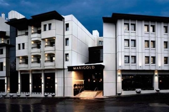 Marigold Thermal Spa is a five-star hotel situated in the Cekirge district of Bursa. Marigold Hotel features extensive spa facilities and a fine dining restaurant with bar. It offers modern accommodations with free Wi-Fi.  http://www.turkeytourismdirectory.com/marigold-thermal-spa-hotel-bursa/