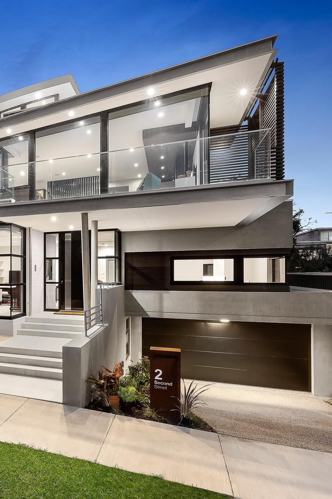 Grande maison contemporaine design http www m for Maison individuelle contemporaine