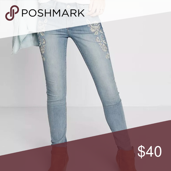 New Express Light Wash Floral Embroidery Jeans Floral Embroidery