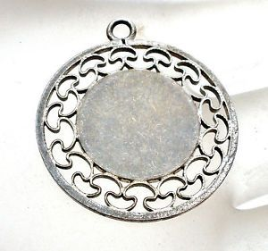 Round engraveable sterling silver charm pendant caco stg vintage round engraveable sterling silver charm pendant caco stg mozeypictures Gallery
