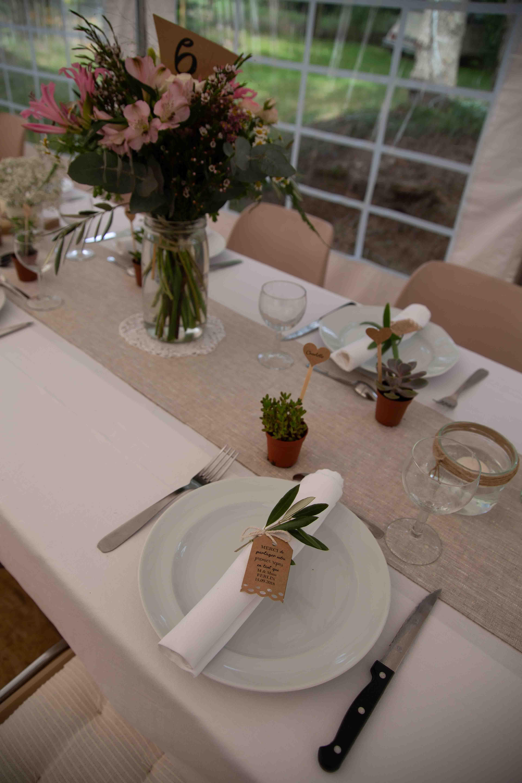 """bouquet centre de table dans un bocal """"le parfait"""". drapeau numéro"""
