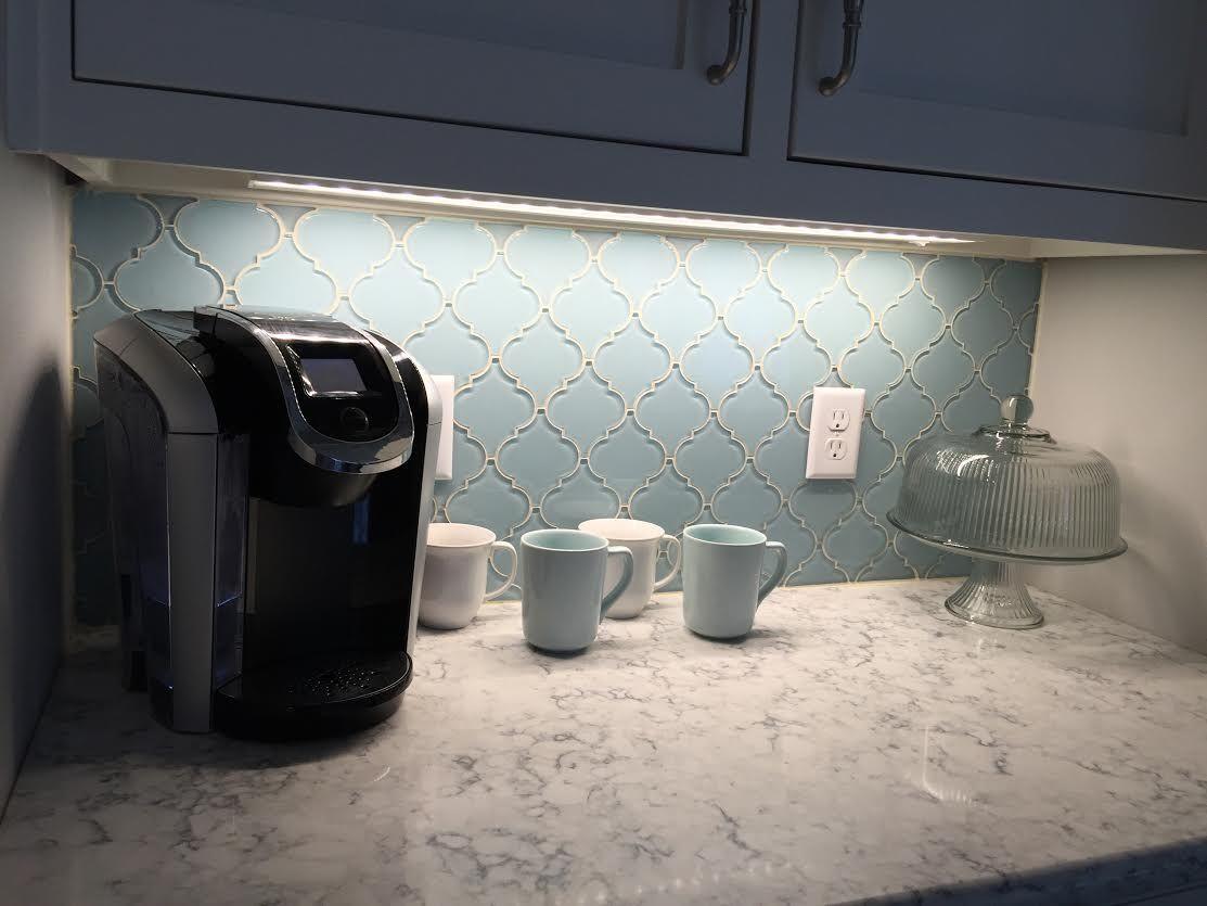 stunning backsplash using vapor arabesque glass tile - Arabesque Tile Backsplash