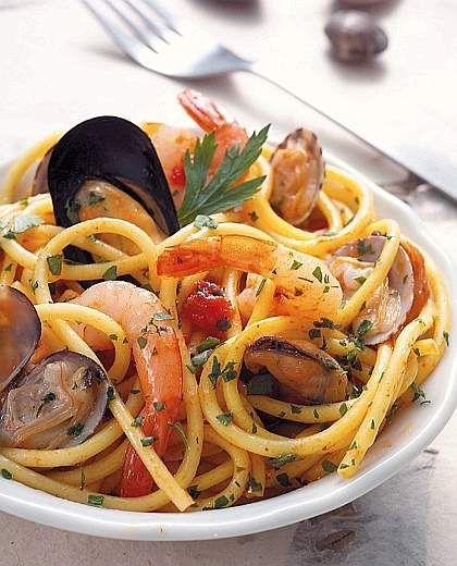 Spaghetti ai frutti di mare- INGREDIENTS FOR 4 PEOPLE 350 g of ...