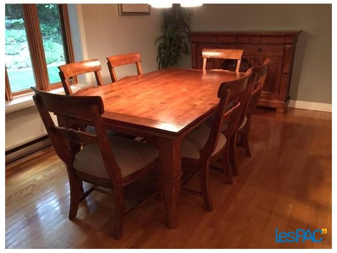 Table Refectoire Buffet Et 6 Chaises Usage A Vendre A Bromont Lespac Com Maison Bromont Home Dining Table Home Decor