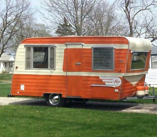 Travel Trailers With Outdoor Kitchens: 1000+ Ideas About Retro Travel Trailers On Pinterest