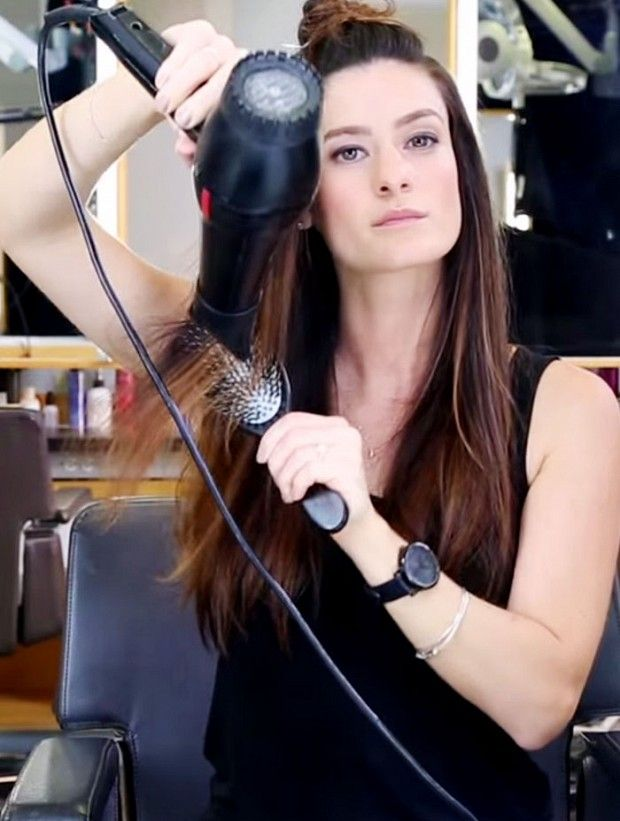 How To Blow Dry Straight Hair Without It Falling Flat Blow Dry Hair Dry Long Hair Blow Hair