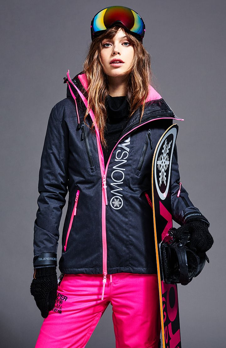 Fashionable Skiwear: What Stylish Girls Choose for the Slopes