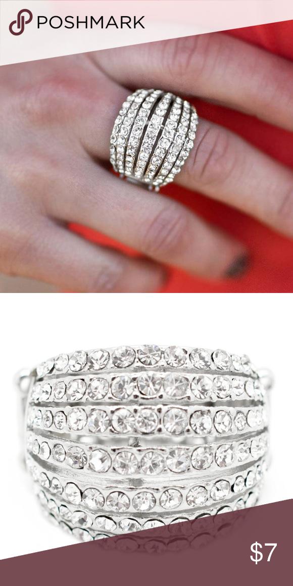 5 For 25 Any 5 Items 25 Nwt Womens Jewelry Rings Rhinestone Ring Layered Diamond Rings
