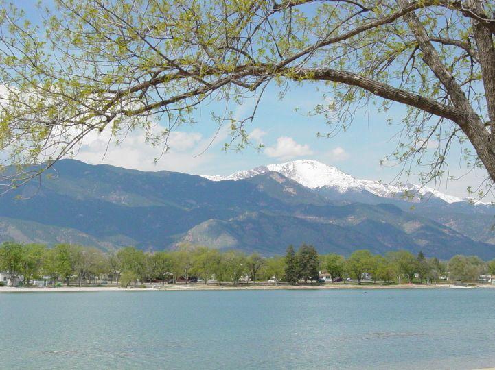Prospect lake colorado springs reasons to live in - Memorial gardens colorado springs ...