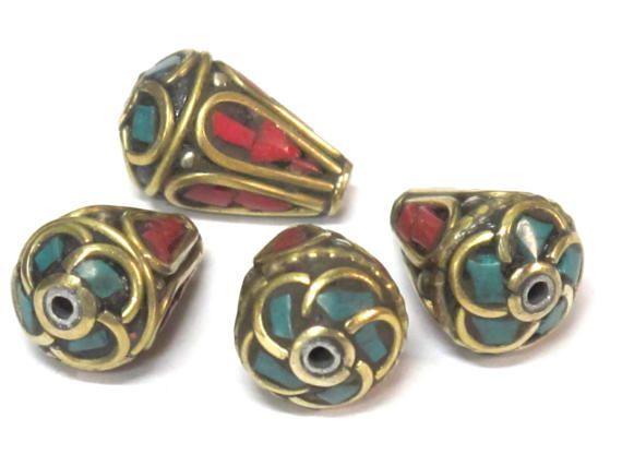 4 Beads  Tibetan beads Ethnic Nepal Brass bead with
