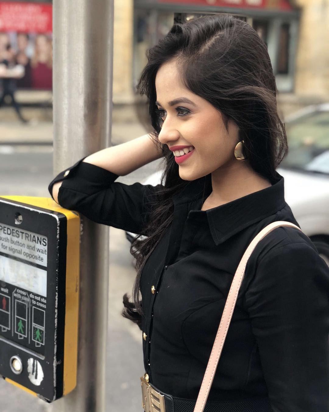 Jannat zubair pink dress  Pin by anjali Ngangbam on Lovely  Pinterest  TVs Teen and Instagram