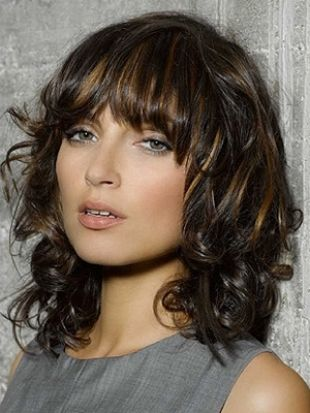 Swingy Shoulder Length Layered Hairstyles Medium Curly Hair Styles Medium Length Hair Styles Medium Hair Styles