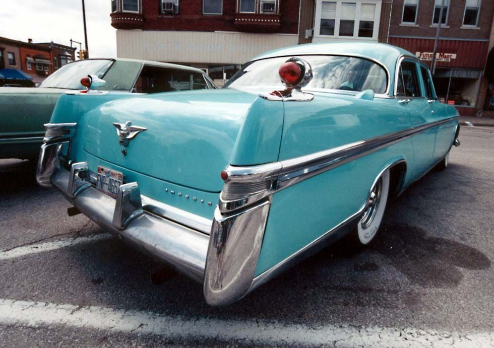 I\'m a sucker for teal 1950s cars with fins. My Barbies had that ...