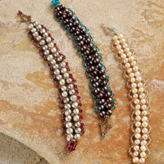 learn how to combine pearls with crystal beads in this FREE DIY crystal and pearl bracelet project.