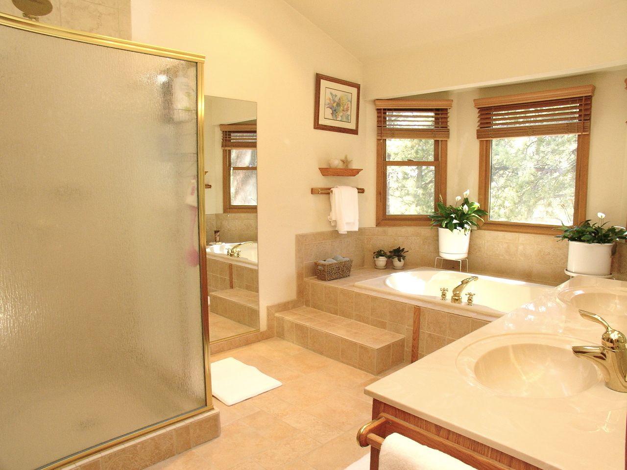 5 piece master bathroom | Piece Master Bath With Walk In ...