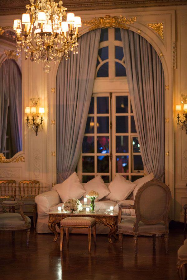Victorian Wedding Venue Decor