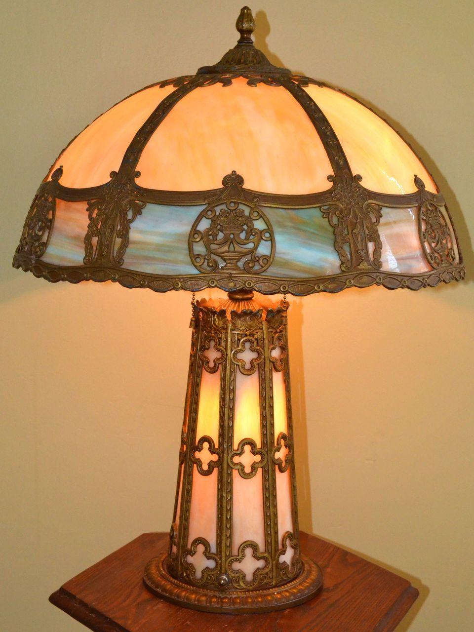 Ornate Slag Glass Lamp With Lighted Base Slag Glass Table Lamps