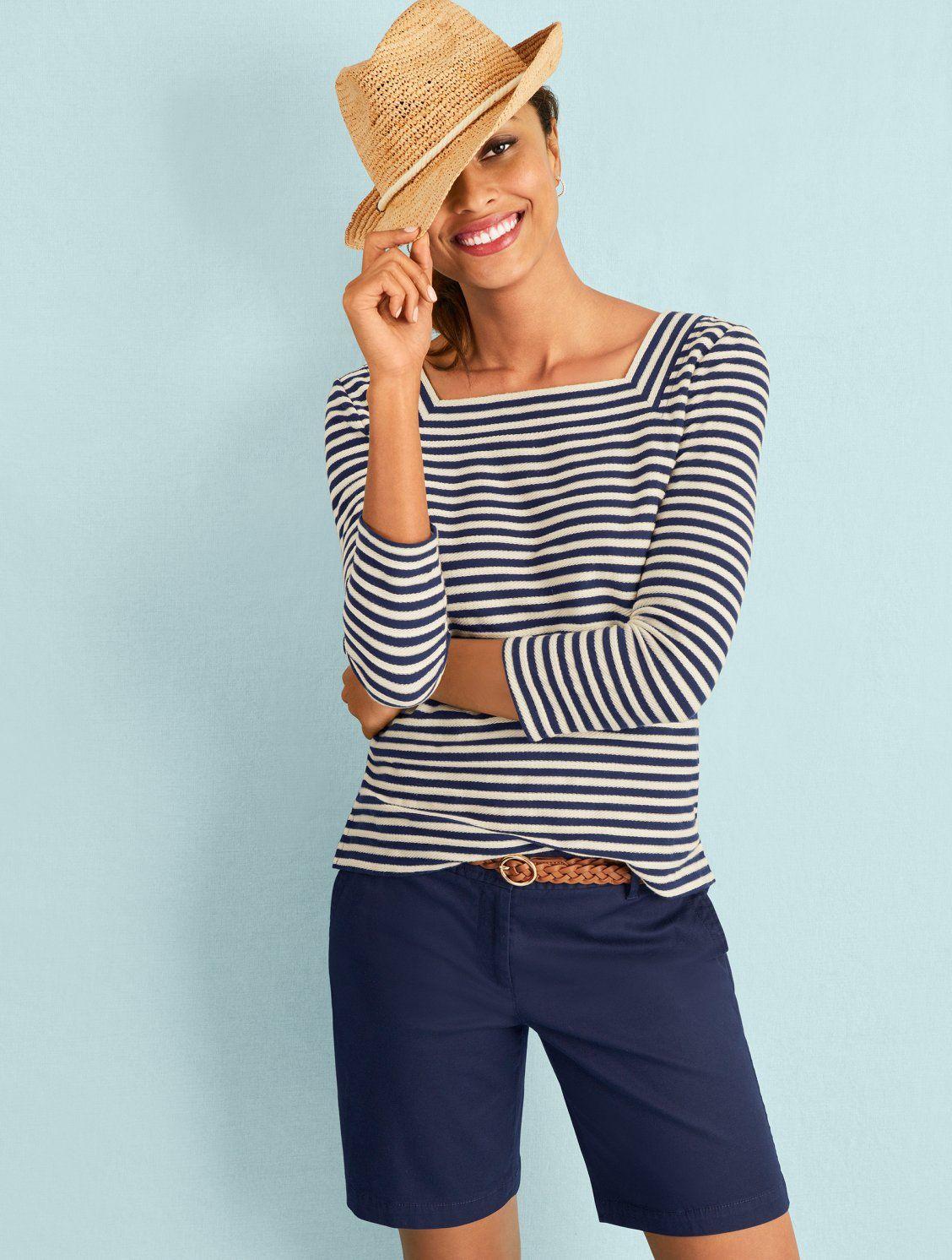 Perfect Shorts – Bermuda Length – Solid