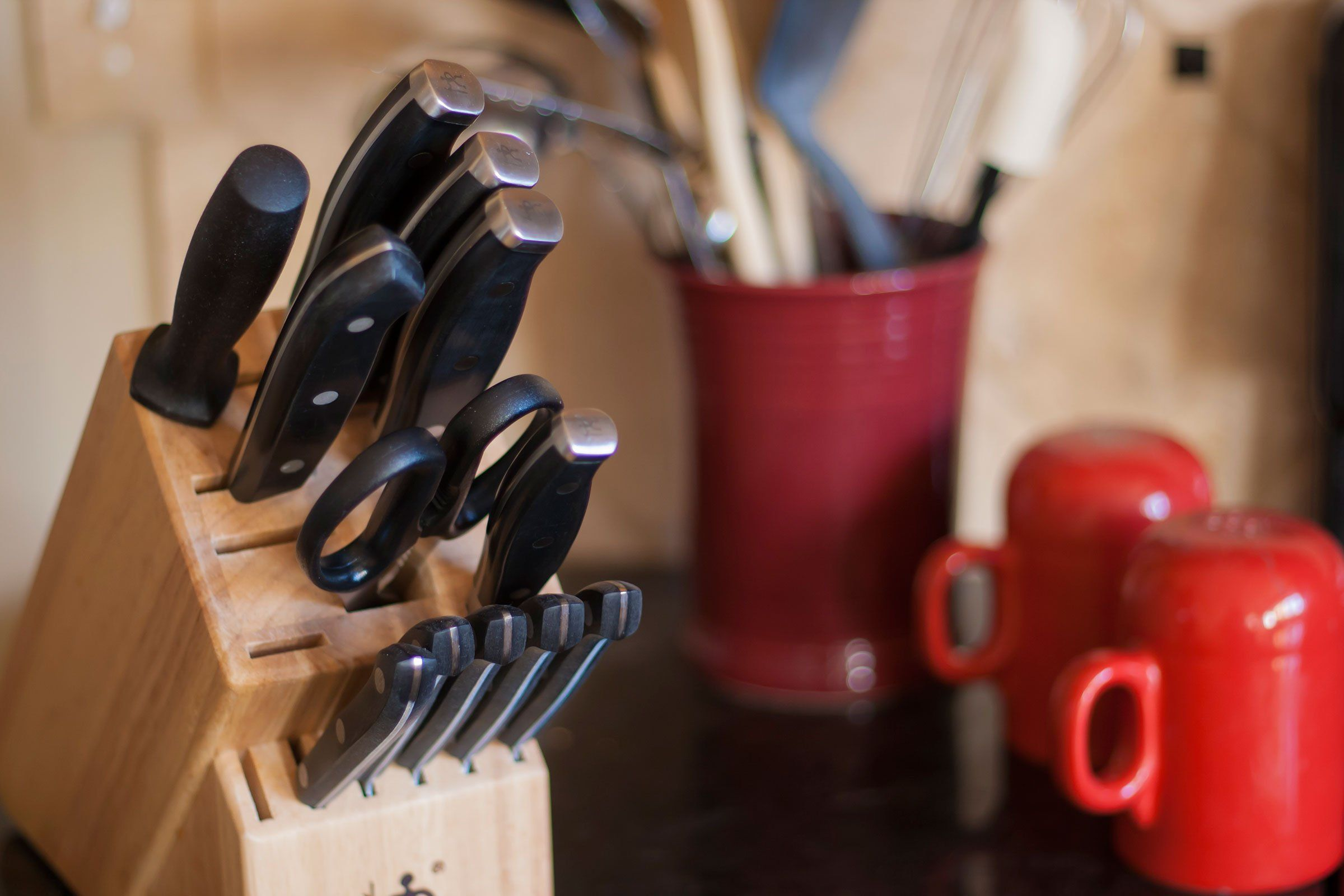 7 Surprisingly Germy Kitchen Items You Never Think To Clean Mesmerizing Kitchen Items Inspiration