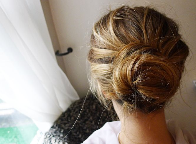 how to get a perfect messy bun