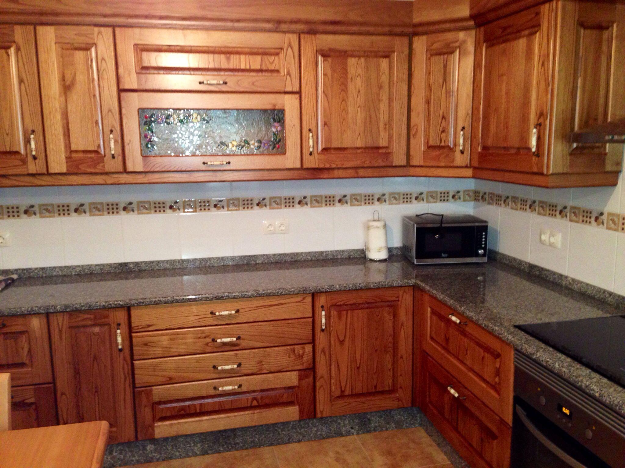 Muebles de cocina casta o rustico ideas para cocinas for Ideas de muebles de cocina