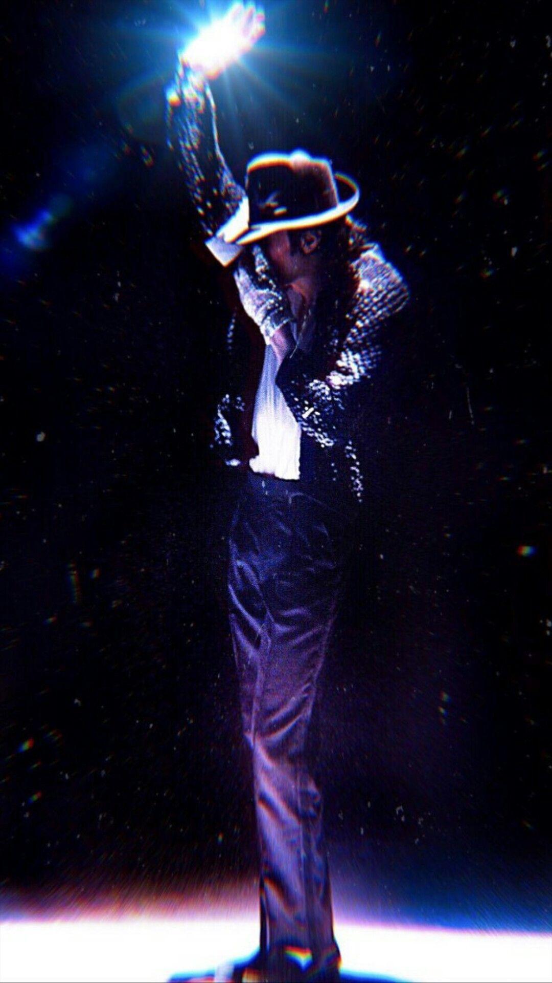 Michael Jackson Friends 1999 Billie Jean With Images Michael