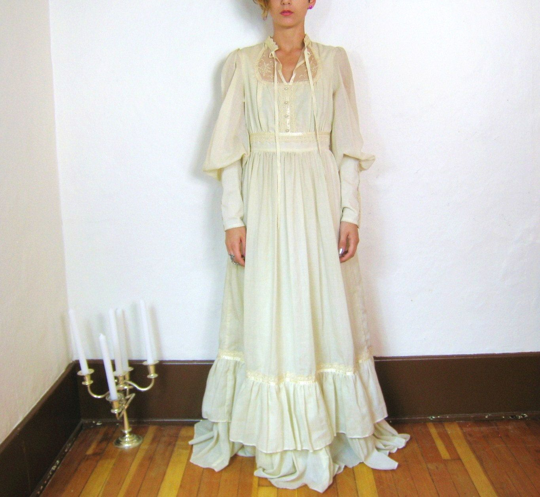 60s Boho Lace And Ruffles Cream Peasant Wedding Dress Xs S Cream Maxi Dress Boho Lace Wedding Dresses Xs