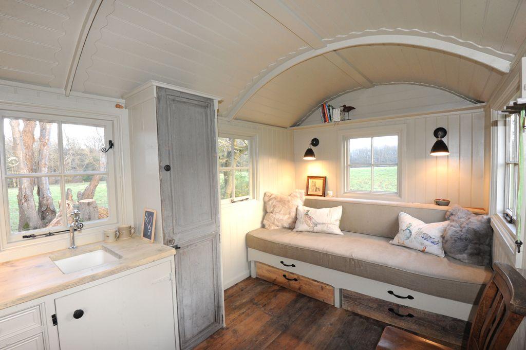 our scandinavian inspired shepherd hut glampaming pinterest maison caravane et camping. Black Bedroom Furniture Sets. Home Design Ideas